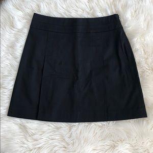 Banana republic pleated skirt in black
